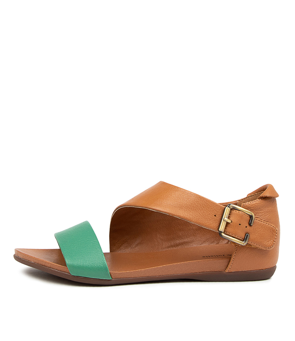 Via Spiga Leather Baylie Flat in Nude (Natural) - Lyst
